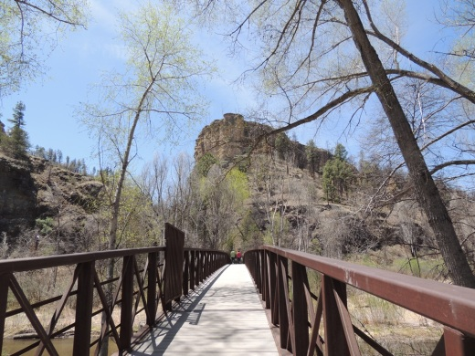 s-1a-Bridge to Cliff Dwellings